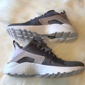 low priced 26f88 7a3a4 Nike Shoes - Nike Air Huarache Run Ultra gunsmoke Size 7.5